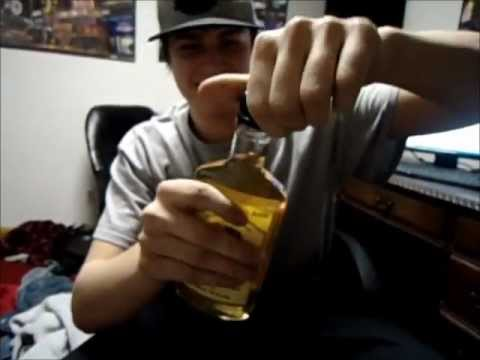 Video Drinkin a Bottle of Yukon Jack