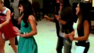 Glee - I Wanna Dance with Somebody (Who Loves Me) (Full Performance