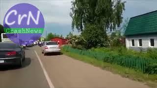 https://crashnews.org | В Анжеро-Судженске БМВ врезался в патрульный автомобиль ГИБДД
