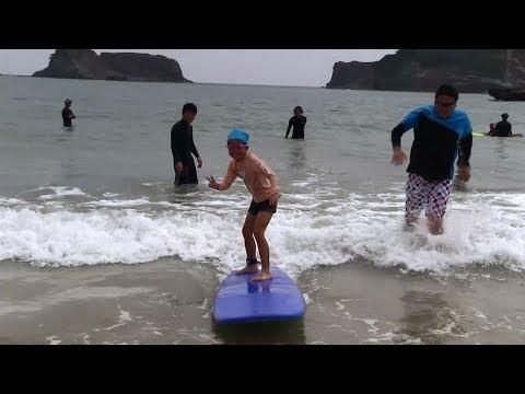 種子島の学校活動:花峰小学校サーフィン教室浜田海水浴場での実践編2019年
