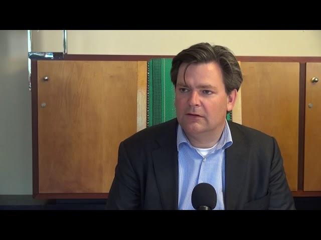 הגיית וידאו של Hilversum בשנת הולנדית
