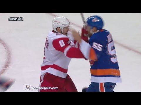 Johnny Boychuk vs. Justin Abdelkader