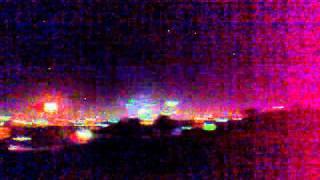 preview picture of video 'Año nuevo 2012. Algunos fuegos artificiales en la Ciudad de La Paz!!'