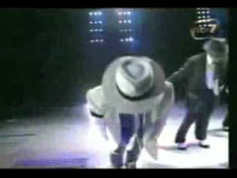 YouTube MICHAEL JACKSON Smooth Criminal live In KL