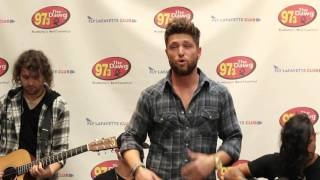 Chris Lane - 'Her Own Kind Of Beautiful' | Live in the Lobby