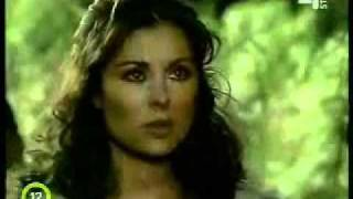 Esmeralda Un Gravitify Crush 40 Remix 2 Zenés Videó