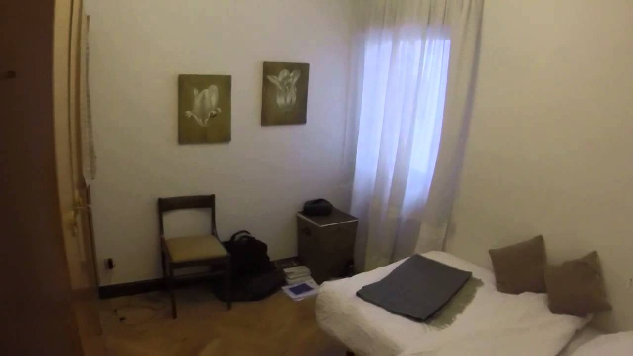 Interior room with standalone wardrobe in shared apartment, Guindalera