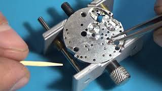 Ремонт механического будильника Ракета, разборка. Repair of mechanical alarm clock Rocket, disassembly