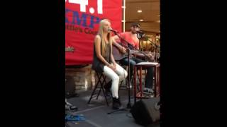 Danielle Bradbery 'A Little Bit Stronger' Everett Mall (Good Sound Quality)