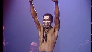 Fela Anikulapo-Kuti and Egypt 80, Live at the Zenith, Paris in 1984 | Kholo.pk