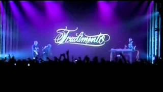 Fabri Fibra-Su le mani (live alcatraz 2006)
