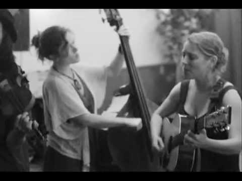 Goin' to Work in Tall Buildings Cover by The Blackberry Bushes Stringband