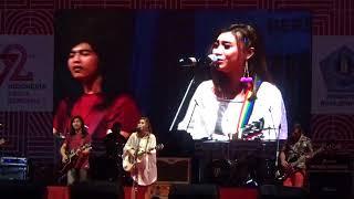 Tika Pagraky Feat Rocktober -Karma (Semarak Merah Putih HUT RI Ke 72) 2017