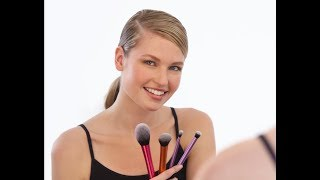 How to Apply Bronzer and Blush for Beginners