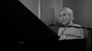 Eva Weel Skram   Berre La Meg Vær (live Fra Lille Sal)
