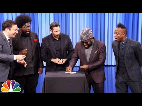 David Blaine Shocks Jimmy and The Roots with Magic Tricks (видео)