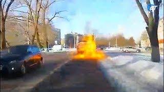Один из новгородских автобусов загорелся прямо во время движения