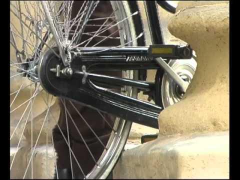 Il poeta in città, regia collettiva, Kinoglaz video produzioni, 2002