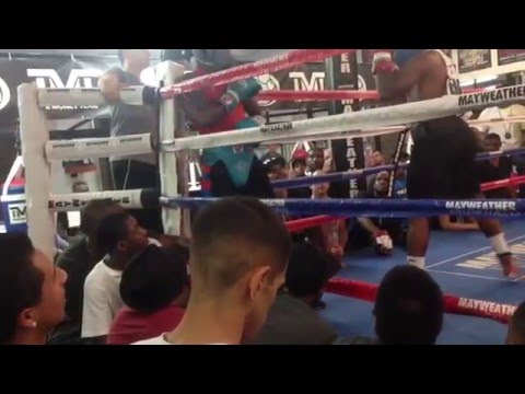 Adrien Broner (27-0) Doghouse Sparring Lydell Rhodes (17-0)