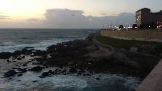 preview picture of video 'Rescate Playa Orzan/Riazor A Coruña Naufragio Velero Octubre 2012'