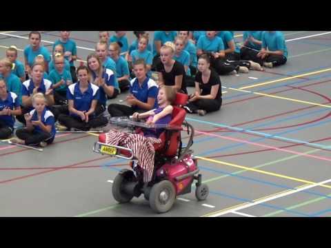 Optreden meervoudig gehandicapte  Amber Spruijt