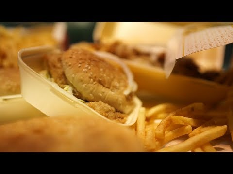Junk food ads face ban on London Tubes and buses   ITV News