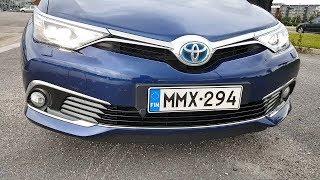Новая Toyota Auris Hybrid на полном фарше!