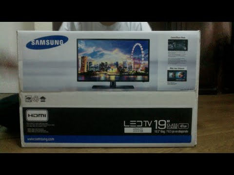 Unboxing Samsung TV 19