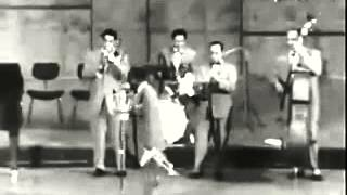 Louis Armstrong - When The Saints Go Marching In (1959)