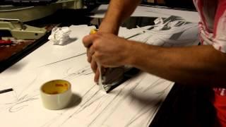 Смотреть онлайн Как сделать пескоструйный рисунок на зеркале шкафа купе