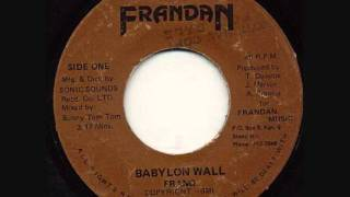 Frano Babylon wall