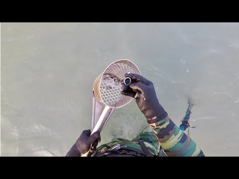 Video dinverno pescando da mani