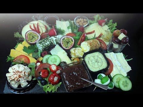 Käseplatte anrichten /Buffetplatte / Brunch/einfach von zu Hause aus/Grillabend/Festtagstisch