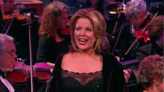 Angels, from the Realms of Glory - Renée Fleming and the Mormon Tabernacle Choir