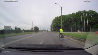 Galimai girtas (pavargęs) dviratininkas