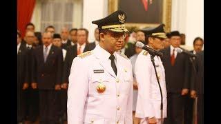 Jokowi Sempat Mengulang Tuntun Pembacaan Sumpah Jabatan Anies Sandi