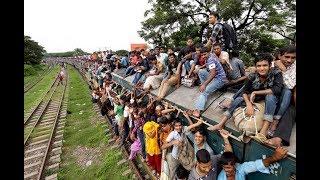 10 000 пассажиров оседлали поезд