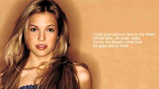 Mandy Moore: 07. Walk Me Home (Lyrics)