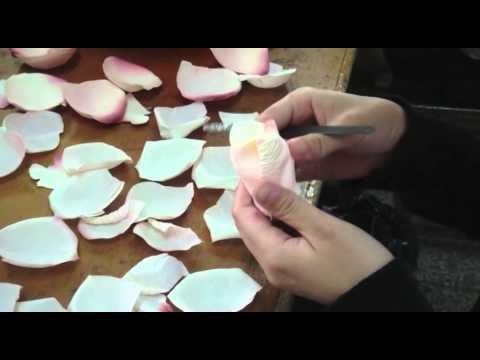 Künstliche Blumen: Die Herstellung von Kunstblumen