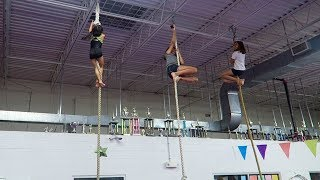 TRYING TO BEAT MY SISTERS IN GYMNASTICS ! [EPIC FAILURE]