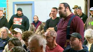 Special meeting after firefighters resign