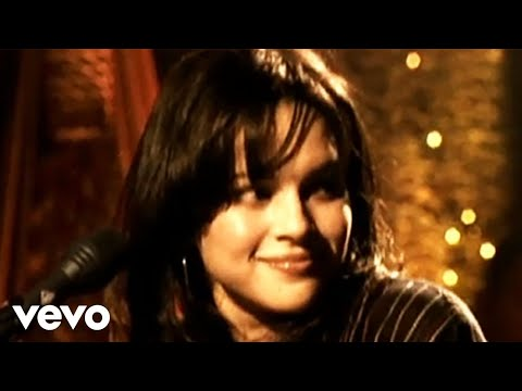 Norah Jones - What Am I To You? (Official Music Video)