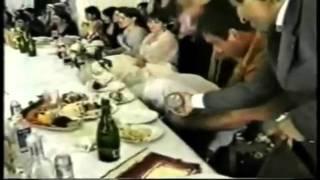 Смотреть онлайн Как на самом деле выглядит пьяная кавказская свадьба
