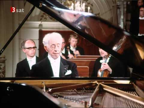 Rubinstein-Brahms-Piano Concerto No.1-part 1 of 4 (HD)