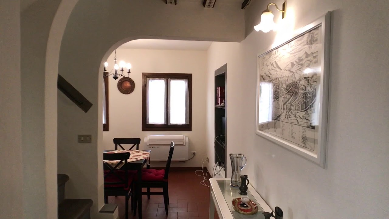 Charming 2-bedroom apartment for rent in San Niccolò