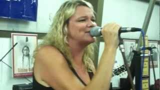 preview picture of video 'Heather& Nathan Travis: Mustang Sally/Proud Mary'