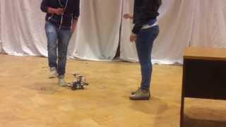 Robot evita ostacoli