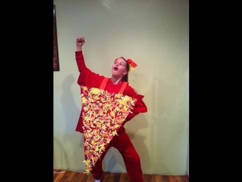 How to make a slice of pizza halloween costume