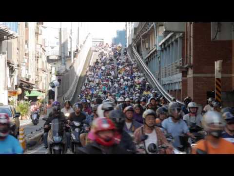 Gogoro 路過台北橋 4K 畫質版