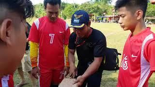 preview picture of video 'PASAR GUNUNG SUNGAI PANGKALAN 2 FC VS SINGKAWANG GRAND MALL FC'
